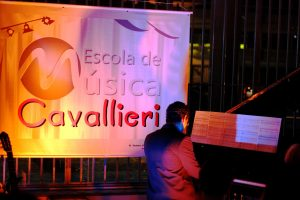 Apresentação dos alunos da Cavallieri Escola de Música na VI Noite Clássica